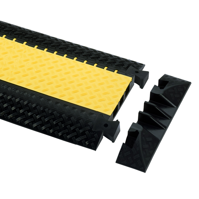 Afbeelding van Adam Hall Defender III End Ramp 85008